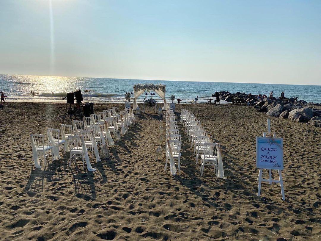 Kumsalda Düğün Süslemeleri