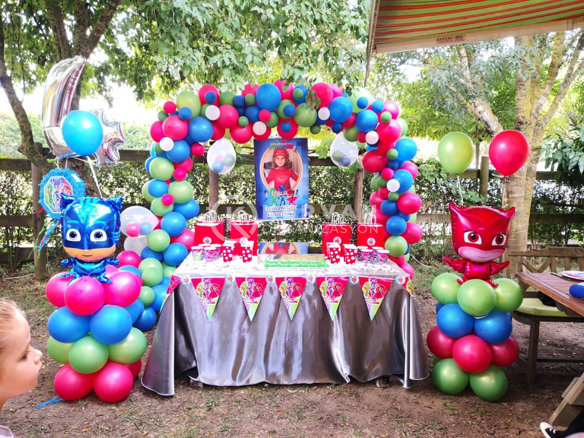 Çocuk Doğum Günü Partisi Süsleme
