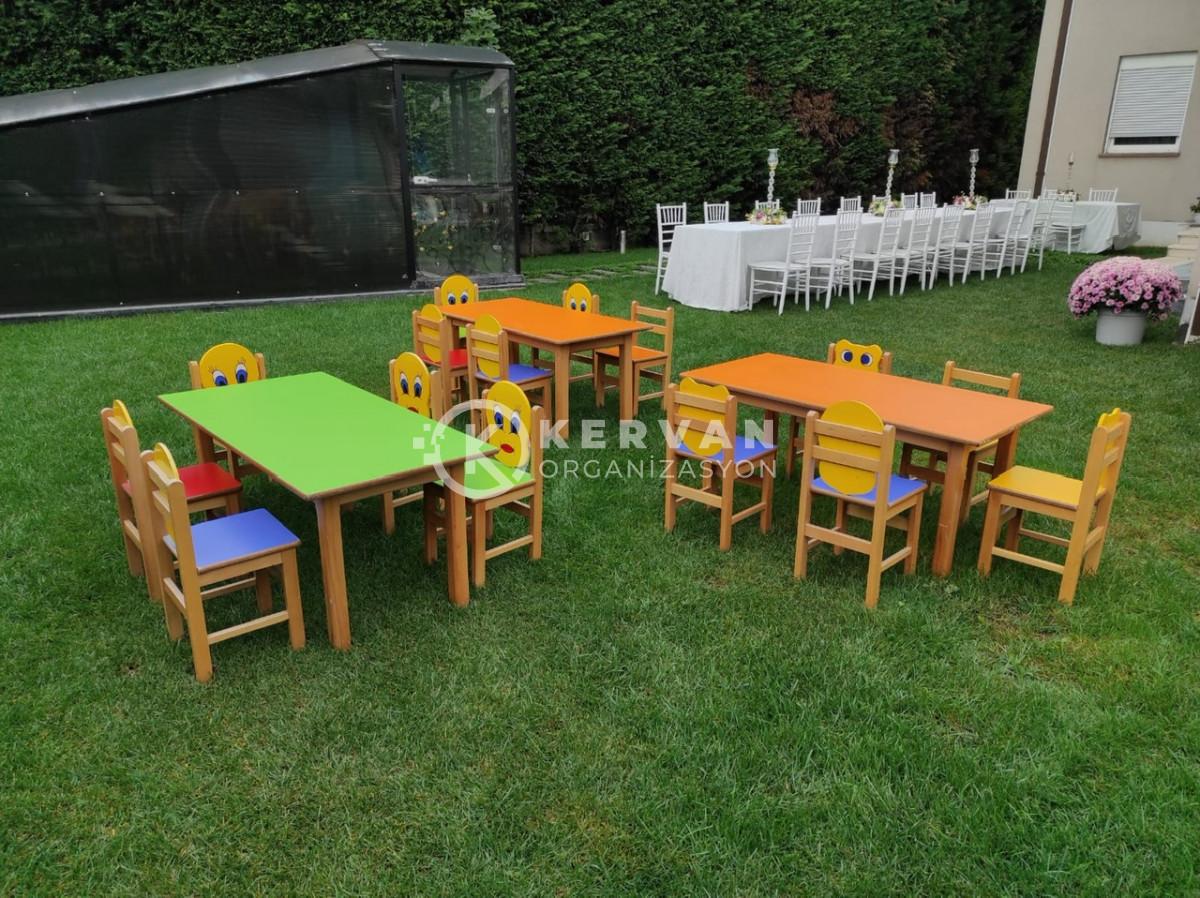 Çocuk Sandalyeleri ve Çocuk Masası Kiralama