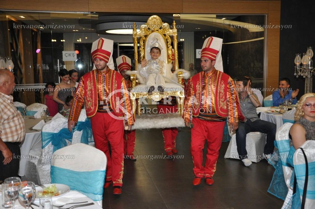 Sünnet Tahtı ve Yeniçeri Giriş Seremonisi
