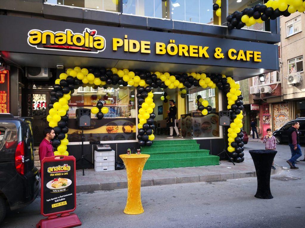 Anatolia Börek Salonu Açılışı Balon Süsleme