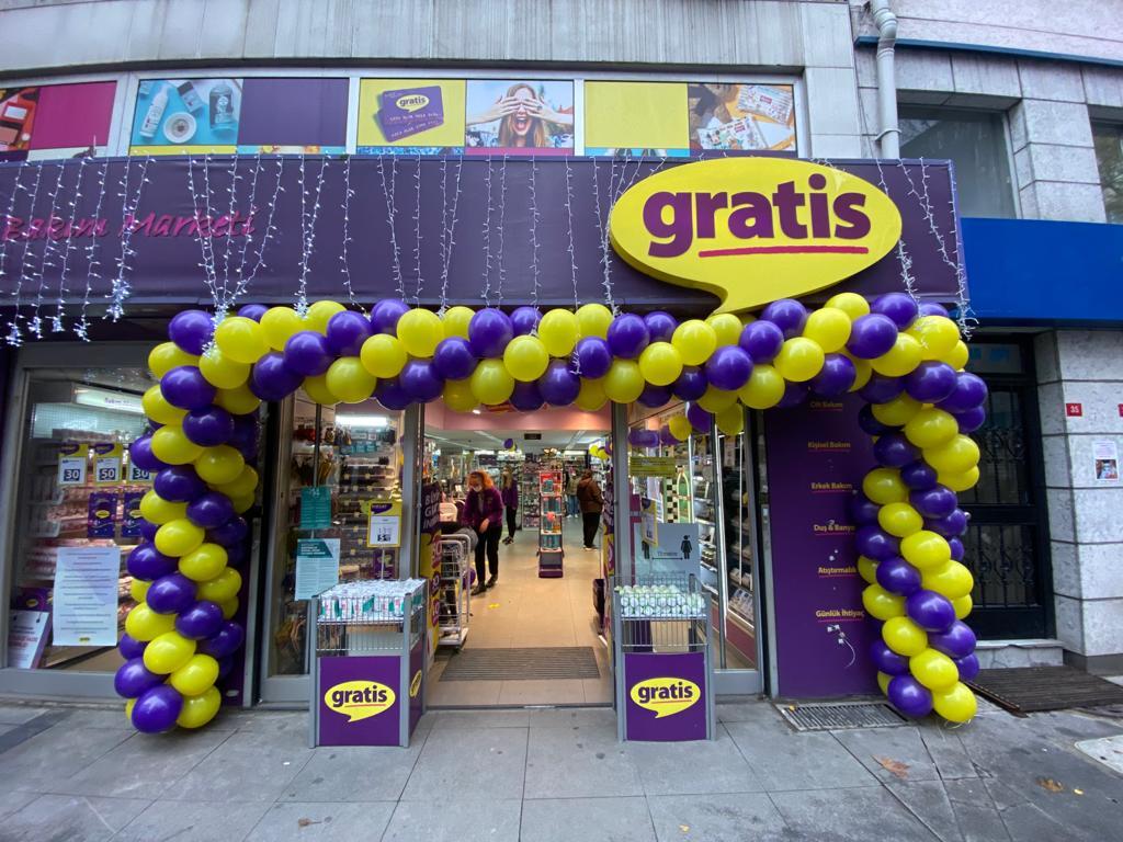 Gratis Mağazası Balon Süsleme
