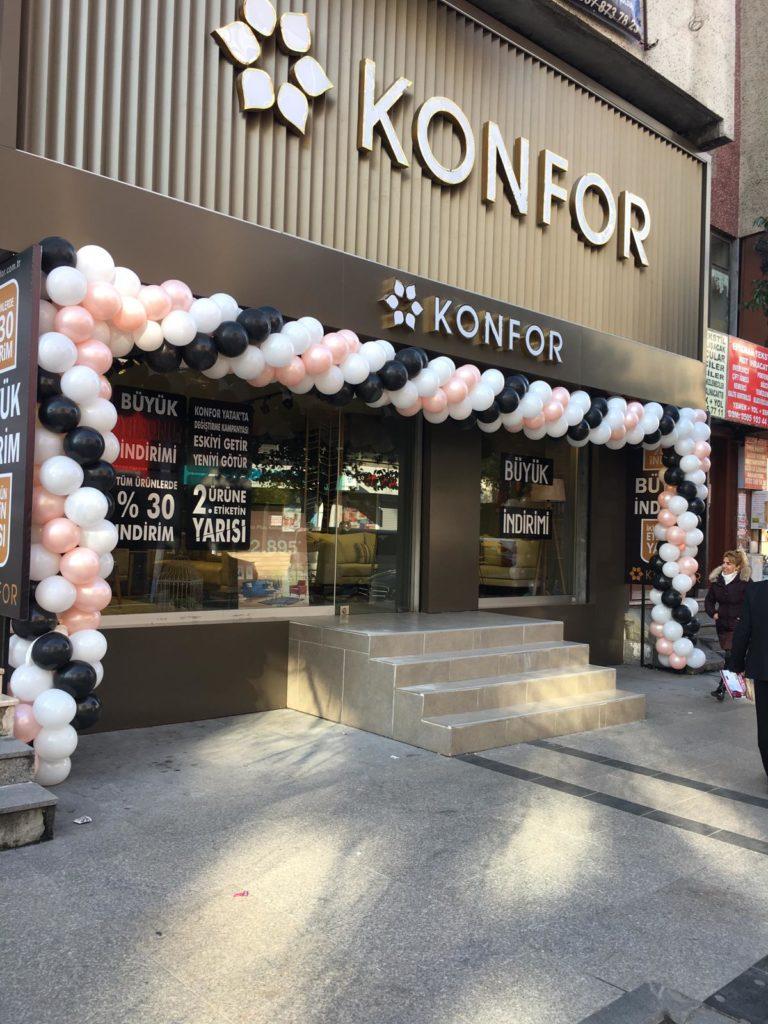 Mobil Mağazası Balon Süsleme